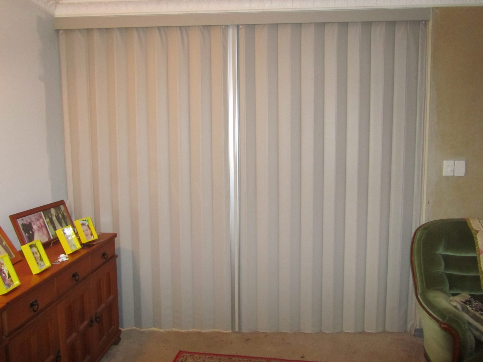 Folding Door Sound : Townsville folding concertina doors acoustic sound rated