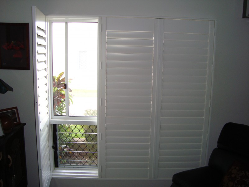 Composite Hinged Shuttersinside Blinds Venetians Window